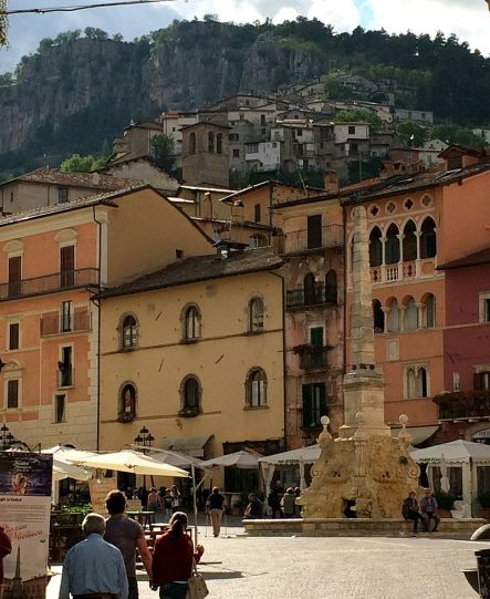 Piazza_Obelisco_Tagliacozzo